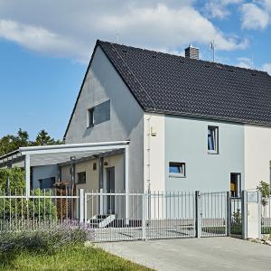 Moderní podkrovní dřevostavba 4+kk jako rodinný dům
