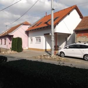 Světlý energeticky úsporný dům postavený jako dřevostavba od firmy Bajulus